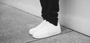 Lär dig mer om kollektioner av Adidas skor
